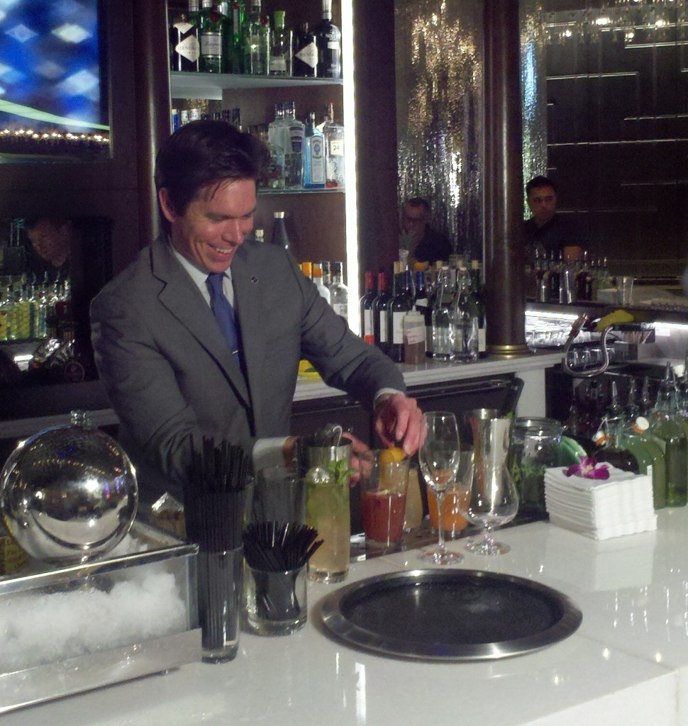 Andrew Pollard working his magic at Vesper, Cosmopolitan