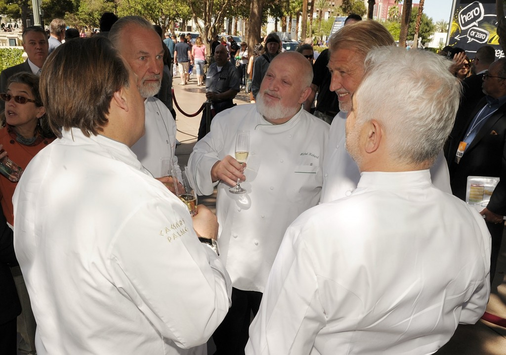 What did Guy Savoy just tell Hubert Keller? His first quarter profits? His deal with Caesars? lol pic: Denise Trucello